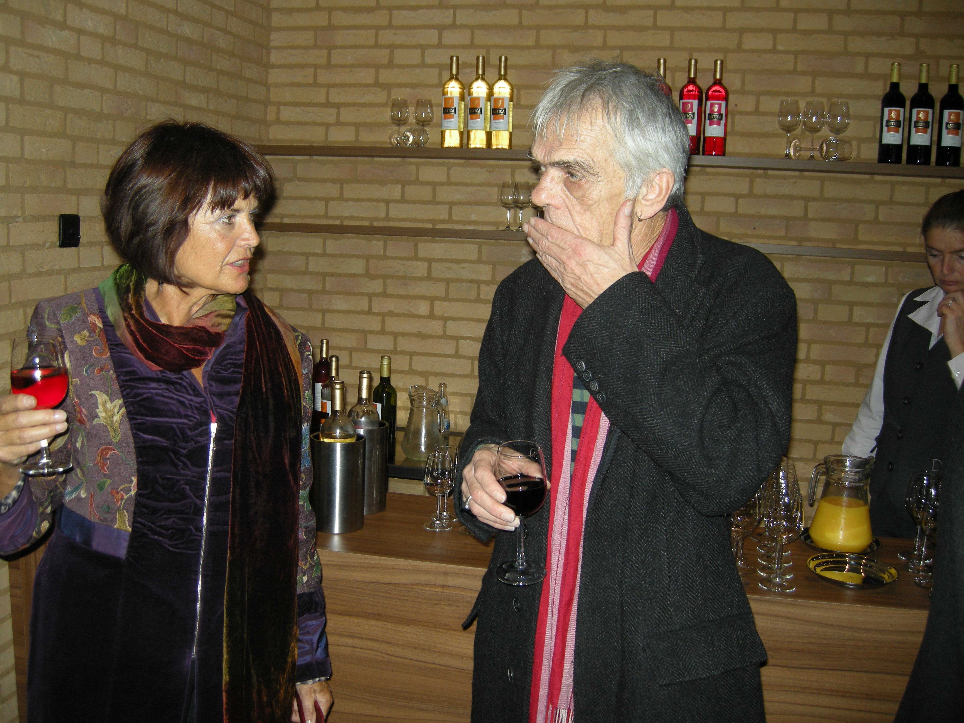 Daan van Golden en Marion Busch tijdens de begrafenis van Martin Visser
