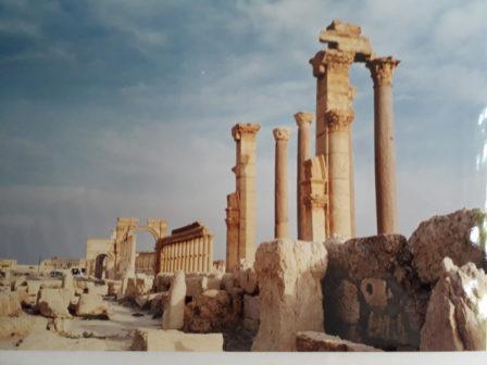Palmyra, 2000, © Marion Busch Photography